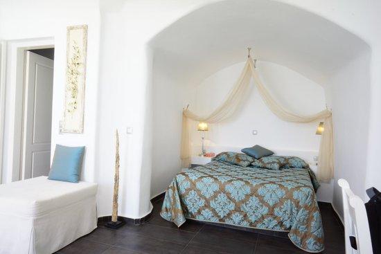 Avianto Suites: chambre
