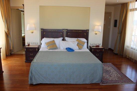 Hotel Panorama: Room #506