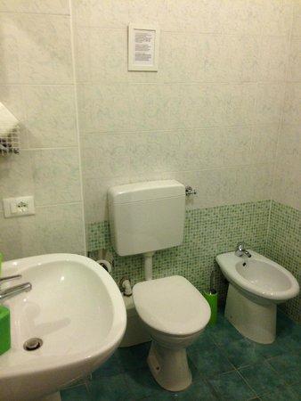 B&B A Casa Di Al & Ga: Ванная комната