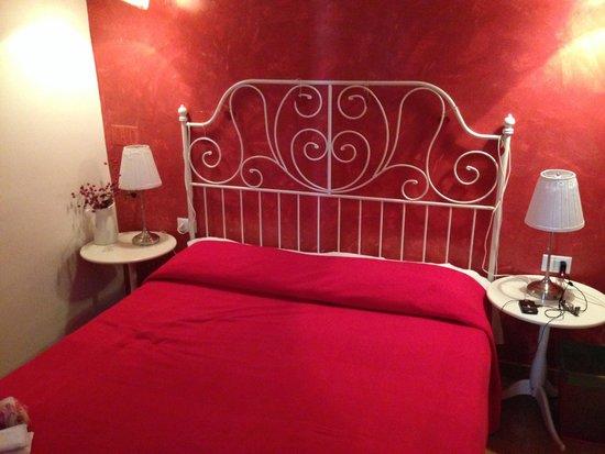 B&B A Casa Di Al & Ga: Спальня