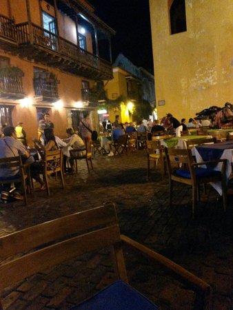 Ciudad amurallada: Praça se São Domingos
