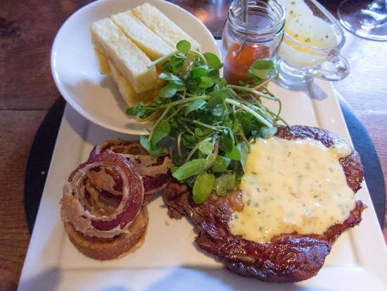 The Peacock at Rowsley: Rump Steak poor quality