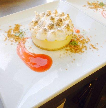 The Snooty Fox: Lemon meringue pie