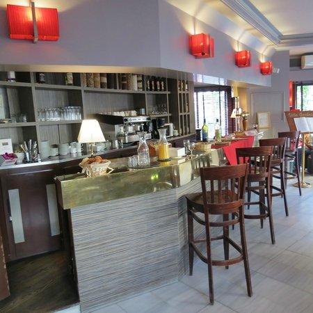 Eiffel Villa Garibaldi : Hotel Lobby Bar