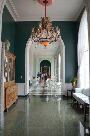 The Greenbrier: Hallway