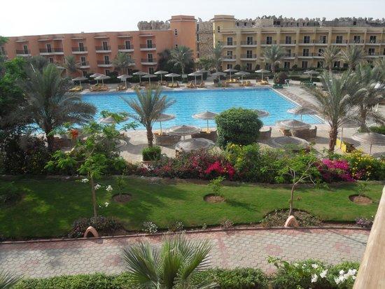The Three Corners Sunny Beach Resort: Zicht vanuit onze kamer