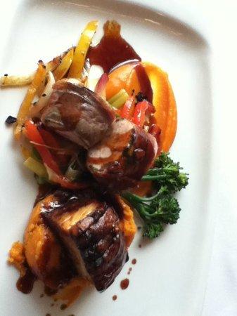 Burlington's Restaurant : Pork main course