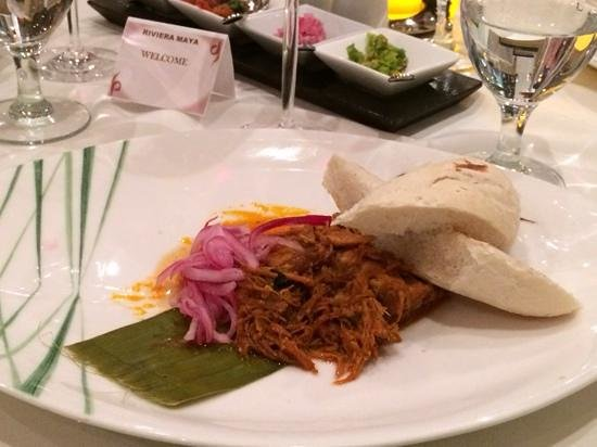 Moon Palace Golf Course: Boiled beef dinner at Mayan Riviera