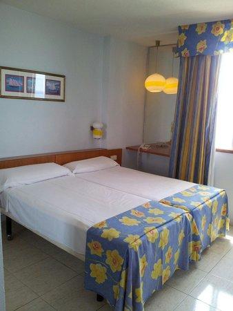 TRYP Tenerife : Camera da letto