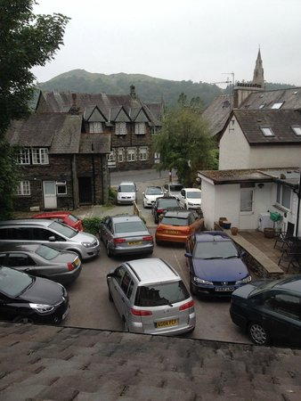 The Churchill Inn: Car park in the morning