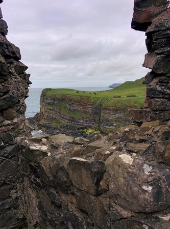 Dunluce Castle: View of cliff from tower