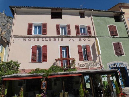 Hotel du Roc: Hotel Exterior