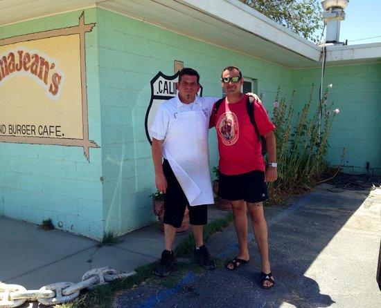 Emma Jean's Hollandburger Cafe: Brian, le propriétaire du restaurant.
