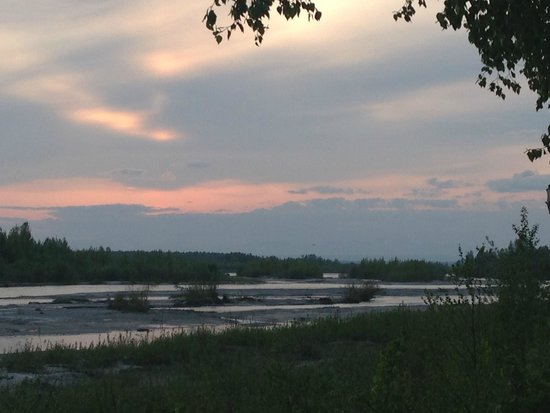 Susitna River Lodging: Sunset - looking out our door.