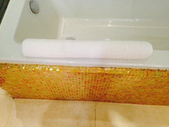 Boscolo Exedra Nice, Autograph Collection: baignoire et tapis de bain