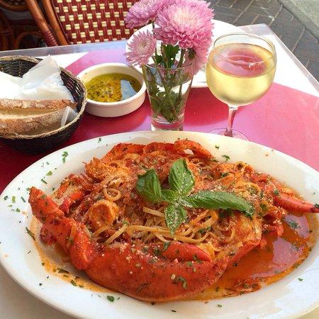 Da Gennaro Restaurant : USD 38.00 Aragosta Fra Diavola A whole lobster in a spicy marinara, served w/ linguini