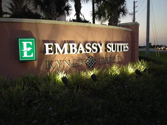 Embassy Suites by Hilton Orlando Lake Buena Vista South: Welcome~