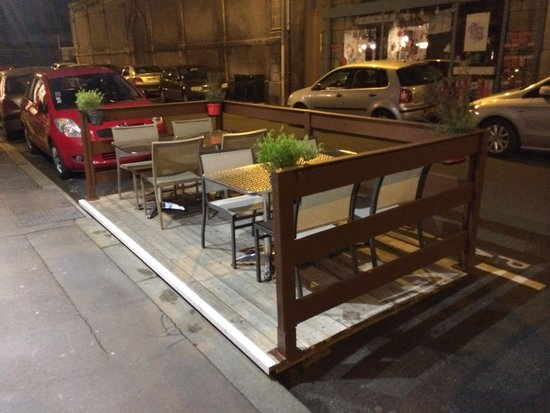 Bistro Cubano : Outside Seating, Fun