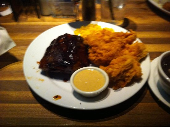 Cheddar's: Ribs and chicken tender combo looks delicious!!