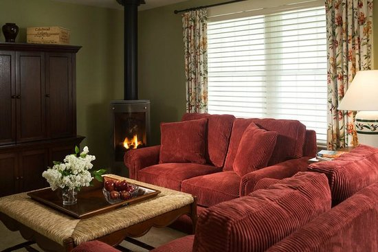 Sugar Hill Inn: Peckett Suite
