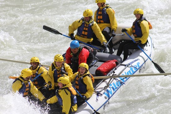 Wild Water Adventures: Wild Water on the Kicking Horse River