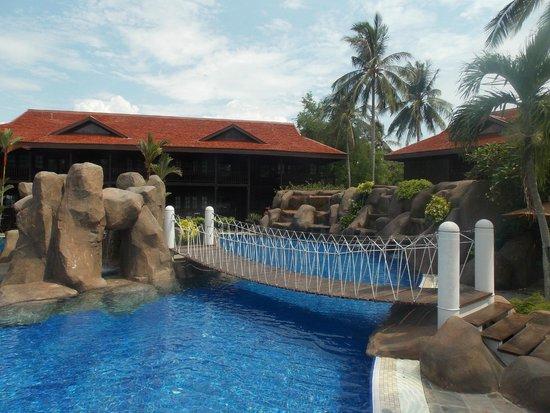 Meritus Pelangi Beach Resort Spa Langkawi The Cascade Pool