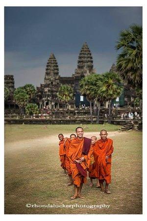 Angkor Guide Sopanha Private Tours: Monks at Angkor Wat