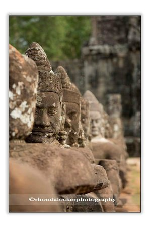 Angkor Guide Sopanha Private Tours: Entrance to Angkor Thom