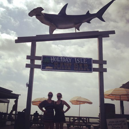 Postcard Inn Beach Resort & Marina: Fun times!