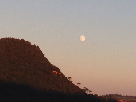 Agriturismo Podere San Lorenzo: The amazing moon after sunset