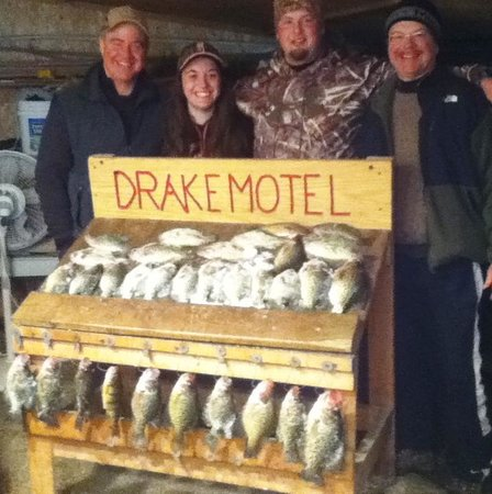 Drake Motel: Family fishing