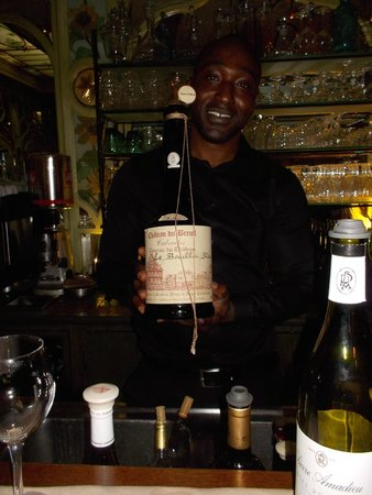 Bouillon Racine : Maitre d's suggestion of wine was good. Meal also good.