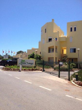 Parque Mourabel Apartments: Entrance to oasis village