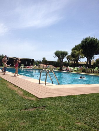 Parque Mourabel Apartments: Pool at 'mourabel'