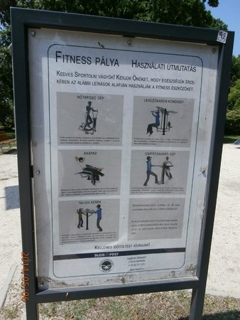 Ile Marguerite : sign with descriptions of exercise equipment