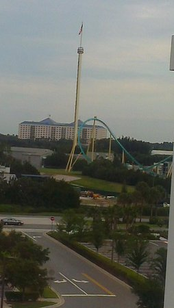 SpringHill Suites by Marriott Orlando at SeaWorld: Awesome views from our hotel room on the 6th floor