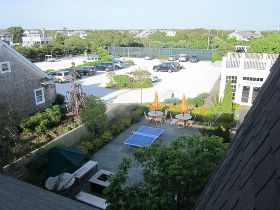 Winnetu Oceanside Resort: Parking Lot, Tennis Courts, Ping Pong, Foosball, etc.