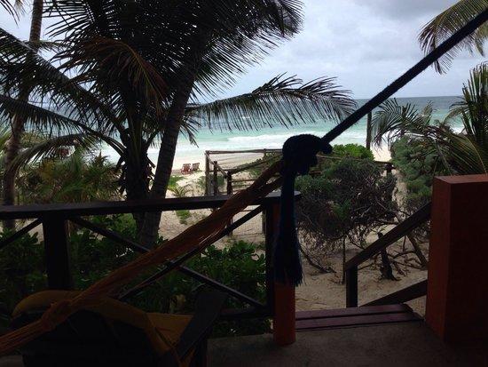 Nueva Vida de Ramiro: From our room to the beach