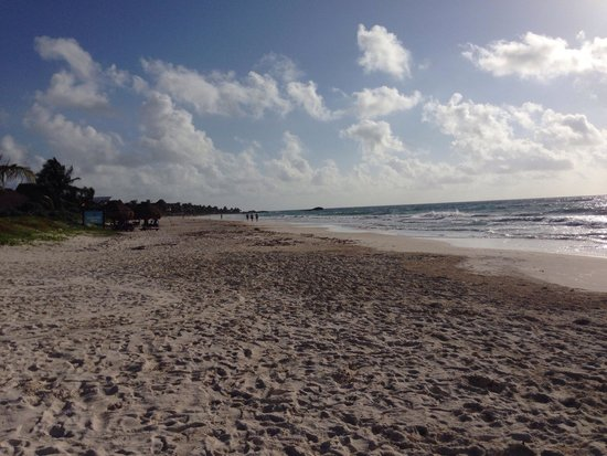 Nueva Vida de Ramiro: The beach