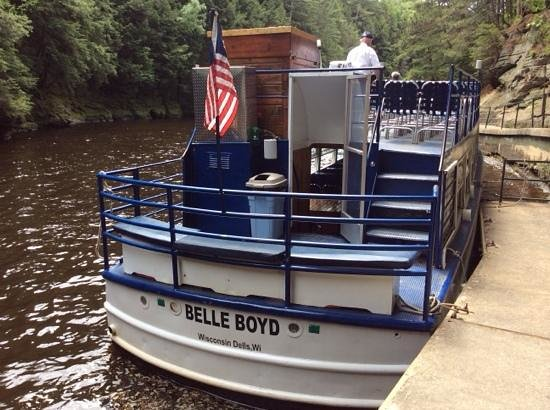 Dells Boat Tours: The Belle Boyd