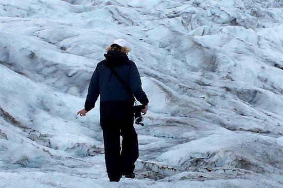 Knik River Lodge: Walking on the glacier