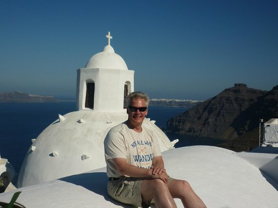 Aigialos Hotel: Sitting on the edge of our terrace