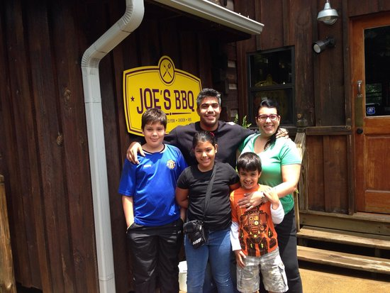 Joe's BBQ: Wanted to see what all the hype was about!!!