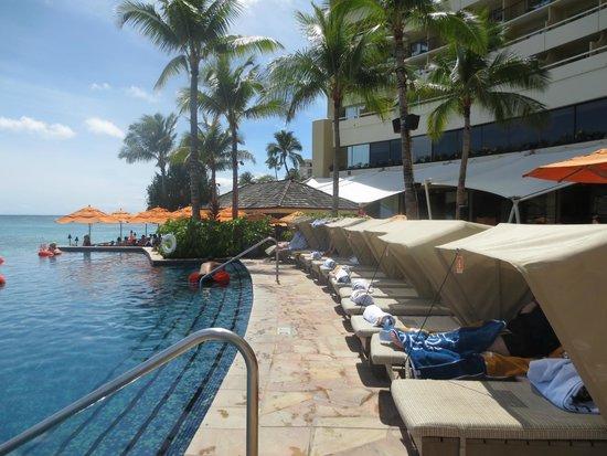 Sheraton Waikiki : Pool Cabanas