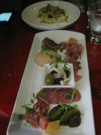 Stone Road Grille : Charcuterie plate
