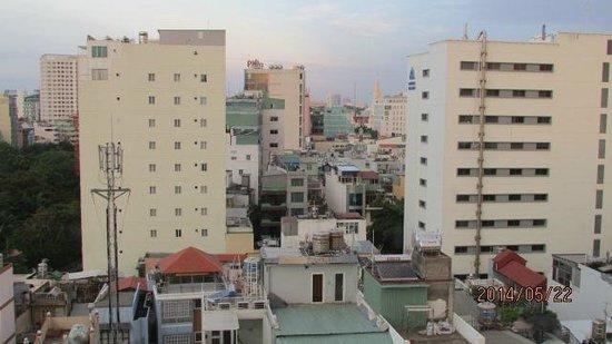 Le Duy Hotel: Amanecer desde la ventana de mi habitación