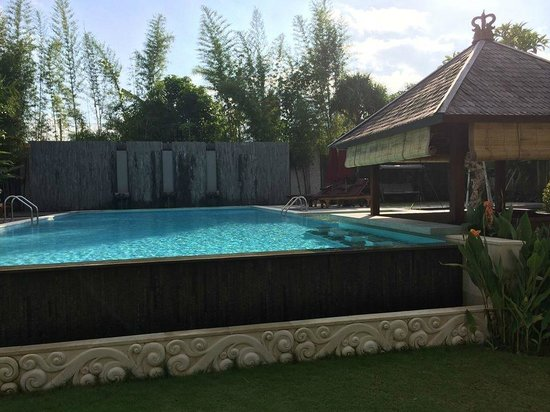 Lumbini Luxury Villas and Spa : Public Pool