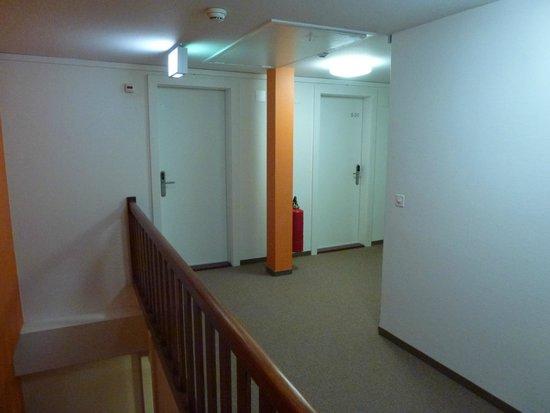 Hotel City Inn : up too room 532