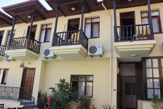Four Seasons Dalyan: balkonlar odalar