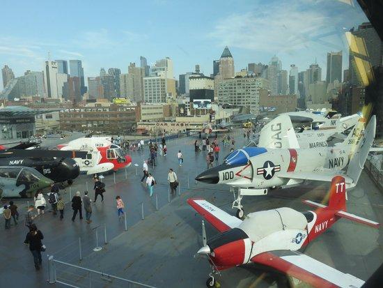 Intrepid Sea, Air & Space Museum : Deck dos aviões